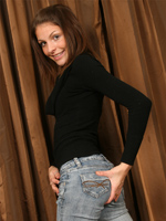 Lola In Some Tight Jeand And A Black Top Watch As She Slowly Reveals Her Sweet Ass Out Of The Jeans - Picture 4