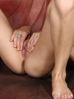 Lola Strips Off And Spreads Her Legs Wide Open - Picture 9